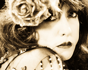"New album from Roberta Donnay & The Prohibition Mob Band, ""Bathtub Gin"", out now"